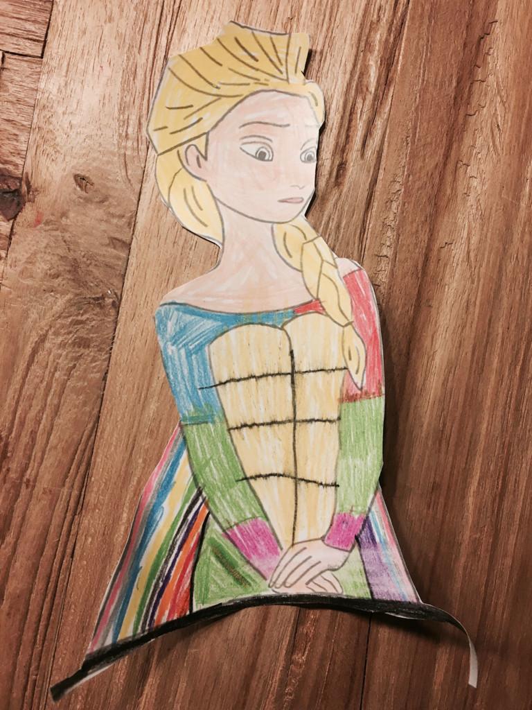 Ausgemalt: Elsa (die Eiskönigin) - Holzfarben