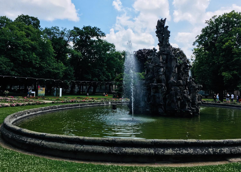 Comic Salon Erlangen 2018: Brunnen im Schlossgarten