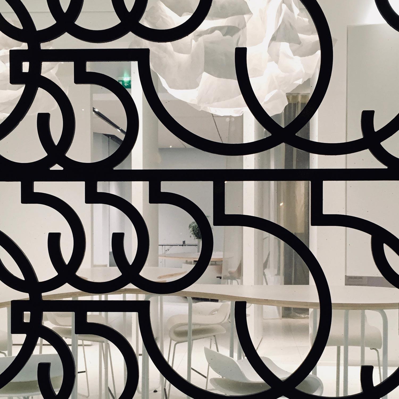 555 Paris
