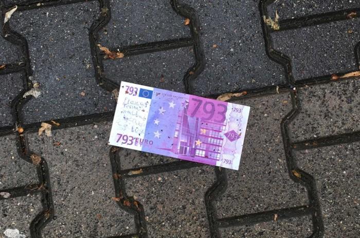 Geld auf der Strasse