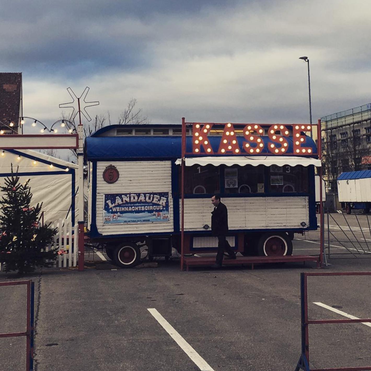 Weihnachtszirkus Landau Kasse