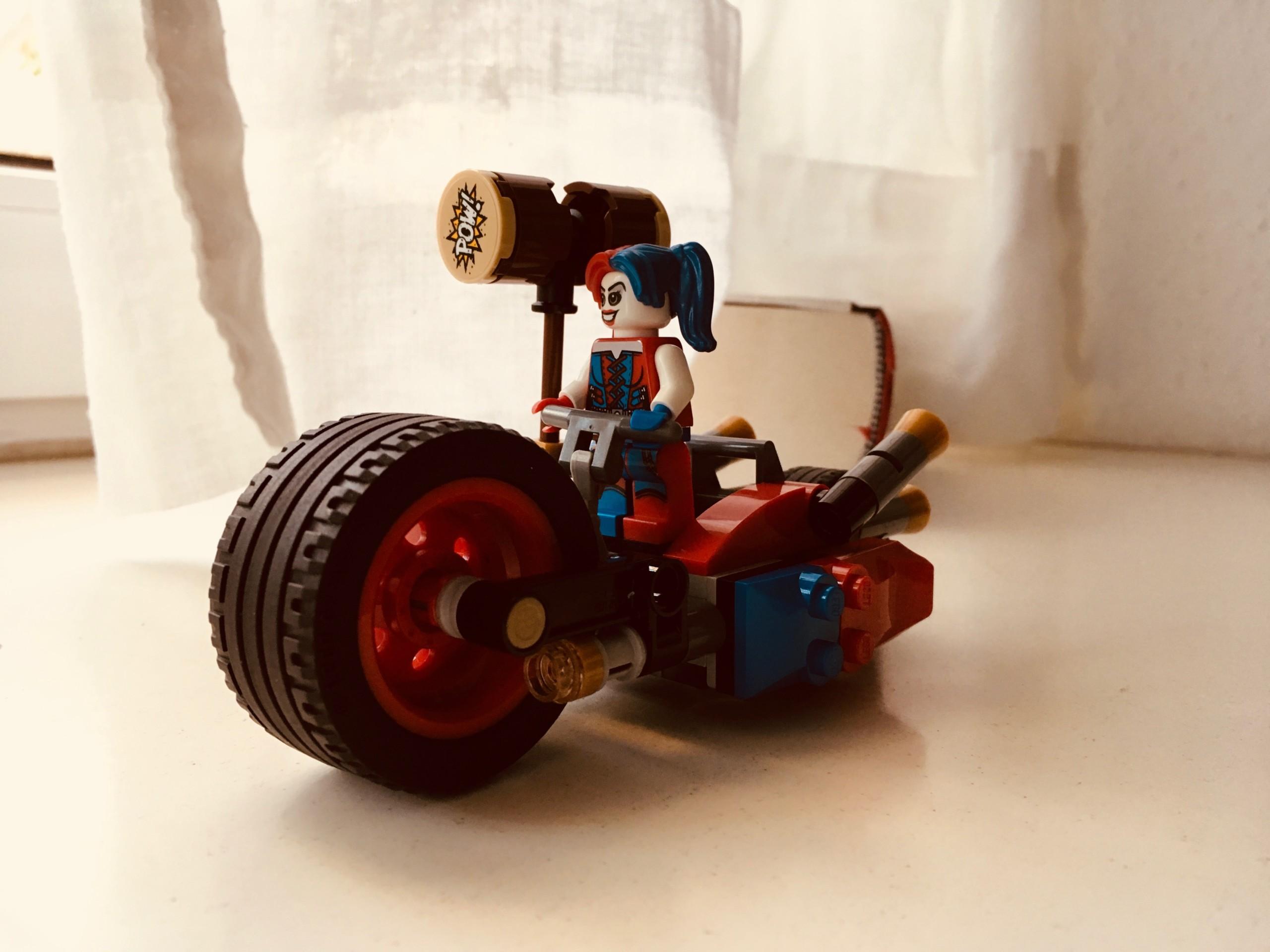 Lego Harley Quinn